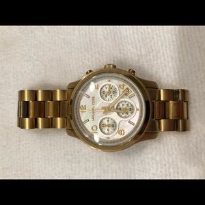 Michael Kors • Large Gold Runway Watch